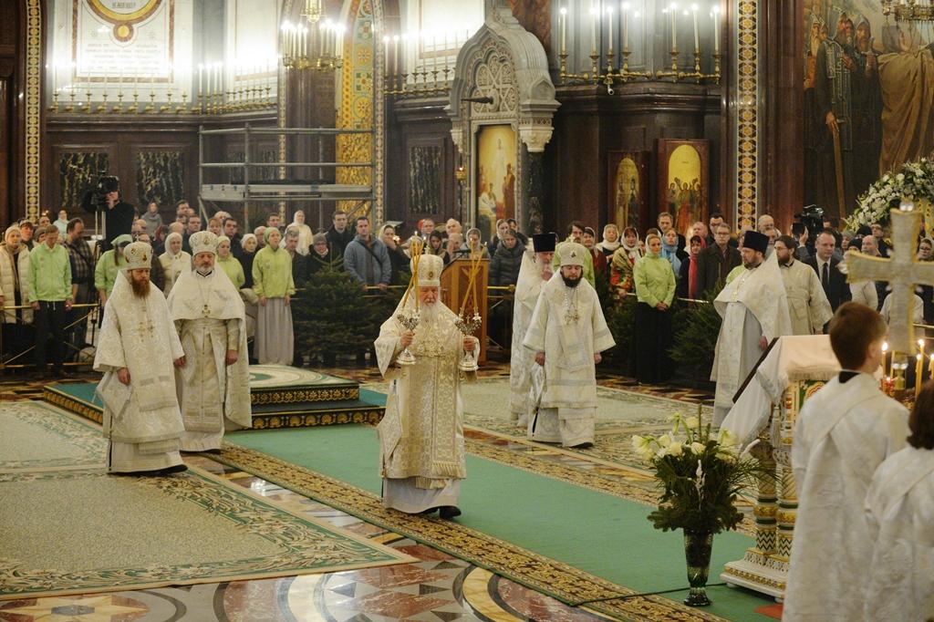 6 января, в навечерие Рождества Христова, епископ Люберецкий Серафим сослужил за Божественной литургией Святейшему Патриарху Московскому и всея Руси Кириллу