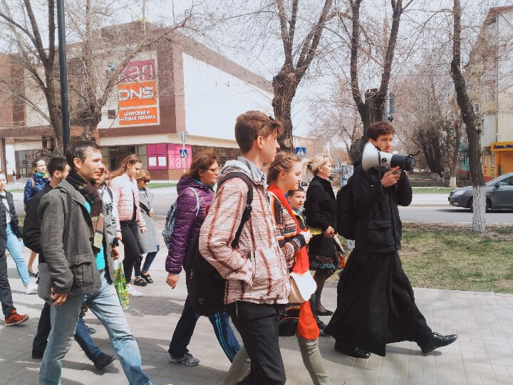 Православная молодежь Астрахани провела экстремальные экскурсии по колокольням города