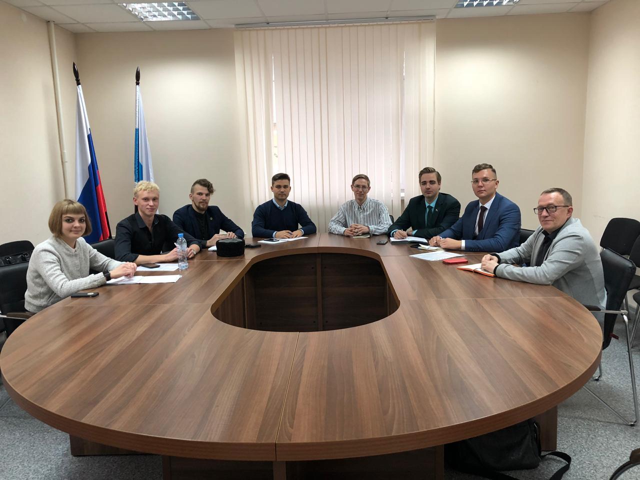 Активисты православного молодежного движения Екатеринбургской епархии стали участниками рабочей группы областной Общественной палаты по развитию добровольчества