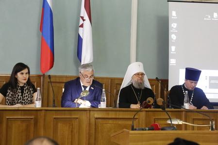 28 октября протоиерей Кирилл Сладков принял участие в круглом столе «Добровольчество как форма служения Отечеству»