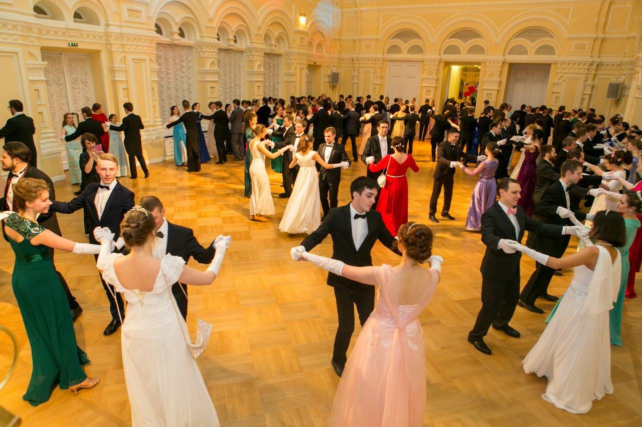 В Москве началась подготовка к Сретенскому балу