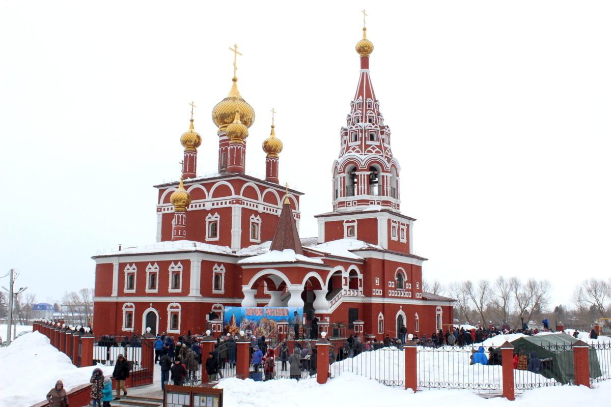 10 марта — Прощёное Воскресенье — в городе Кургане отметили православным детским праздником «Широкая масленица»