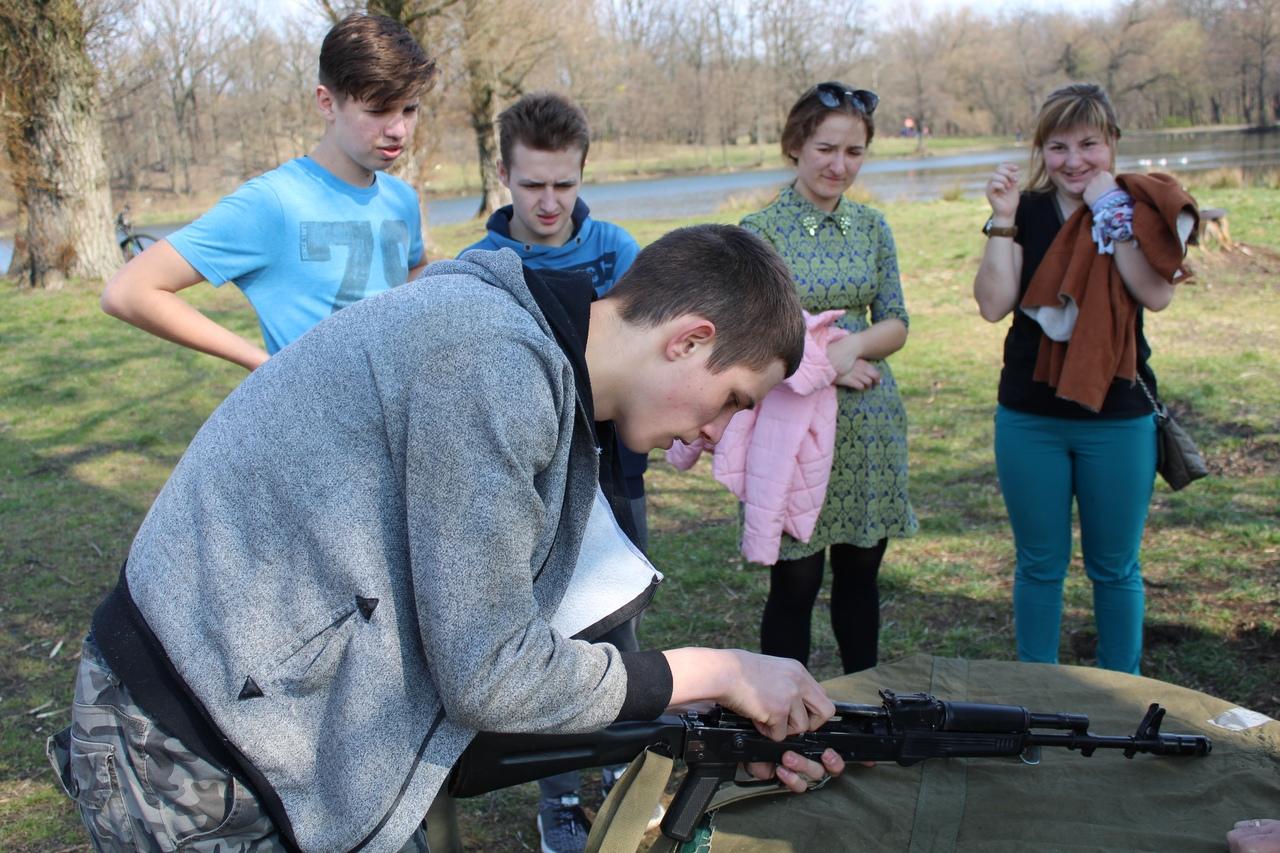 Калининградская молодежь приняла участие в спортивно-исторической эстафете «Победный Рывок» мероприятие посвященное дню штурма Кенигсберга
